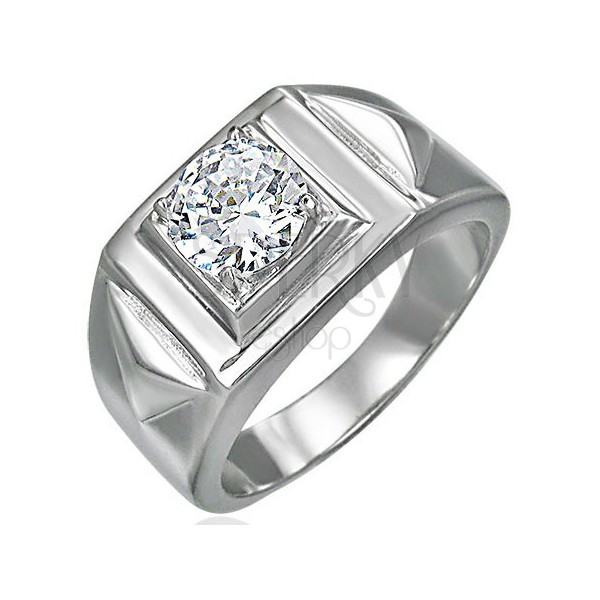 Massive ring with zircon