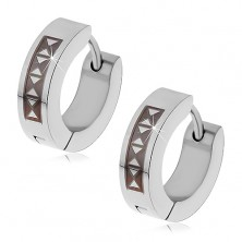 Hinged snap earrings made of 316L steel with black triangular pattern