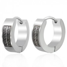 Huggie steel earrings with black chain pattern