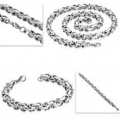 Steel necklace and bracelet, thick angular chain in silver colour