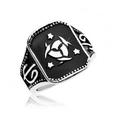 Steel ring, black rectangle with Celtic knot and three stars
