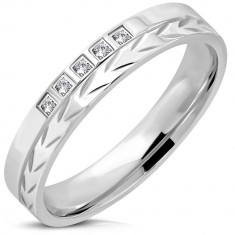 316L steel ring of silver colour – arrow strip, five zircons, 4 mm