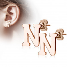 "Steel earrings in a copper colour – letter of the alphabet ""N"", studs"