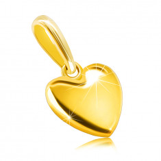 Pendant made of 585 yellow gold – smooth heart, mirror-polished surface, oval clasp
