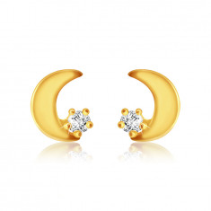 Stud earrings in yellow 9K gold - flat moon, round zircon of clear color
