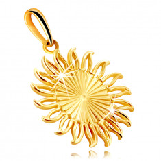 Pendant in yellow 9K gold – sun with elongated notches, wavy contours of rays