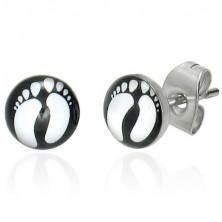 Stud earrings made of steel with foot prints